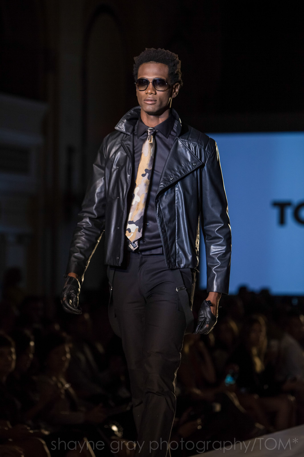 Shayne-Gray-Toronto-men's-fashion_week-TOM-christopher-bates-7387.jpg