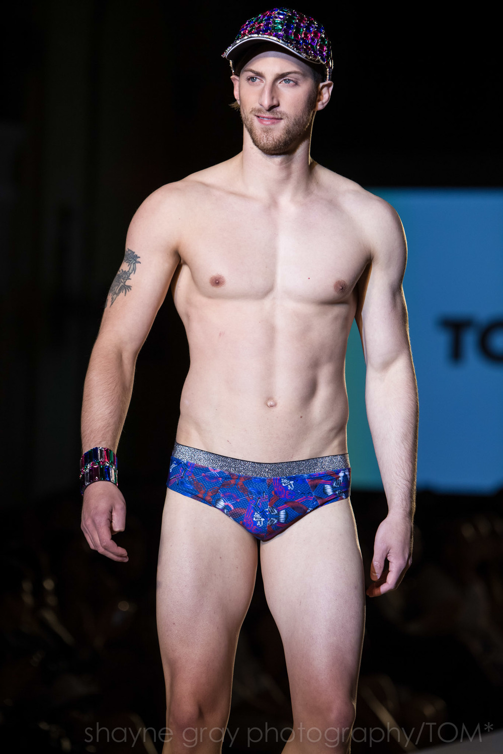 Shayne-Gray-Toronto-men's-fashion_week-TOM-paul-nathaphol-7945.jpg
