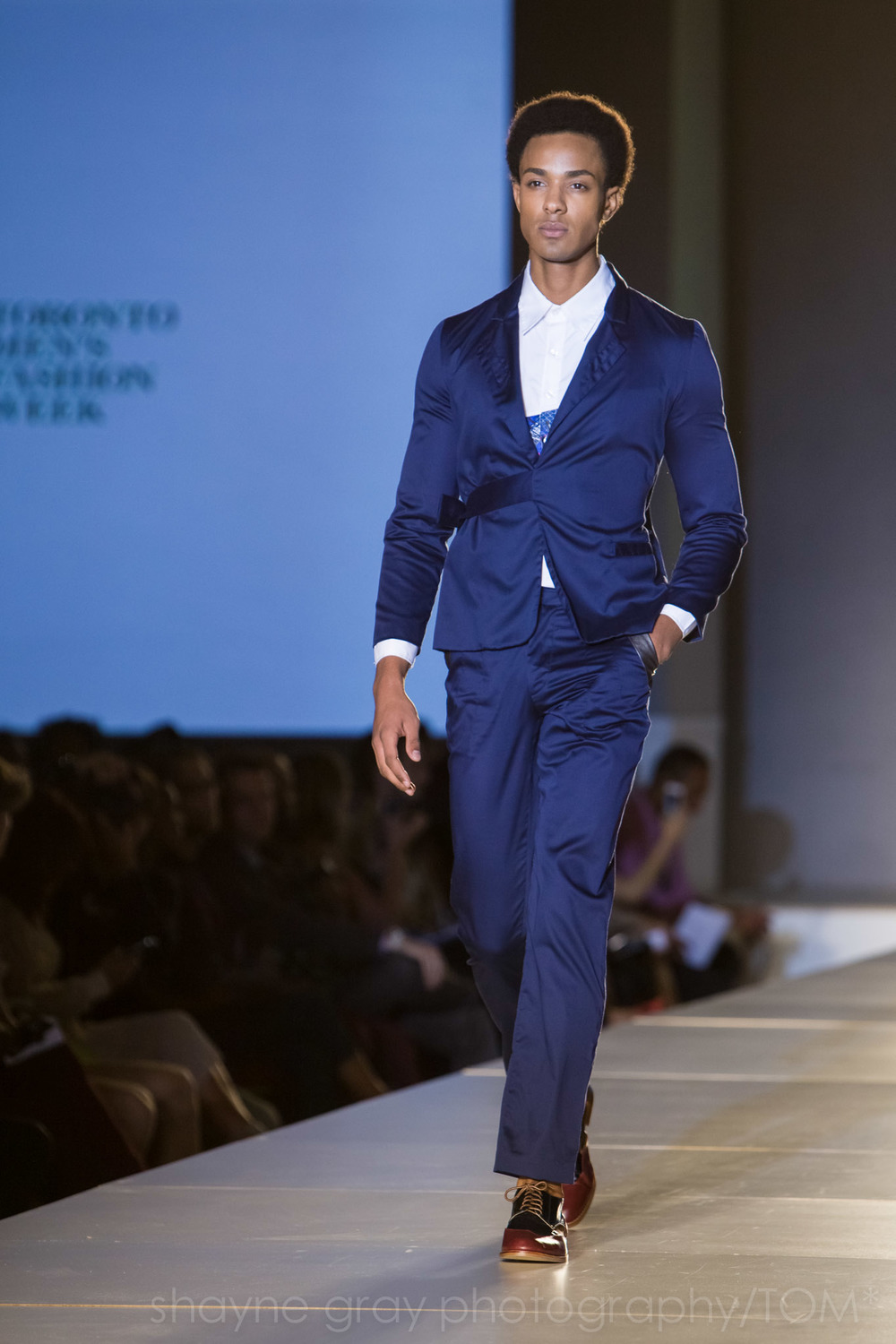 Shayne-Gray-Toronto-men's-fashion_week-TOM-paul-nathaphol-7959.jpg