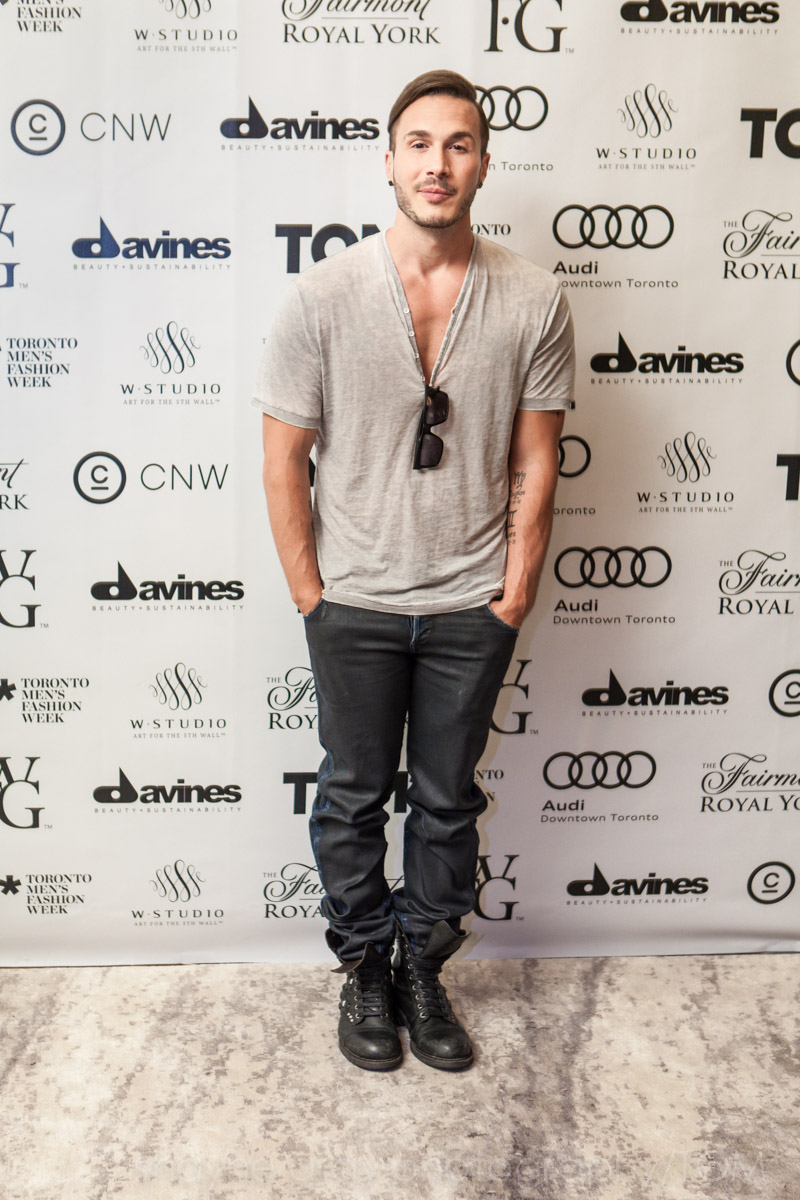 Shayne-Gray-Toronto-men's-fashion_week-TOM-vip-celebrity-shawn-desman-7913.jpg