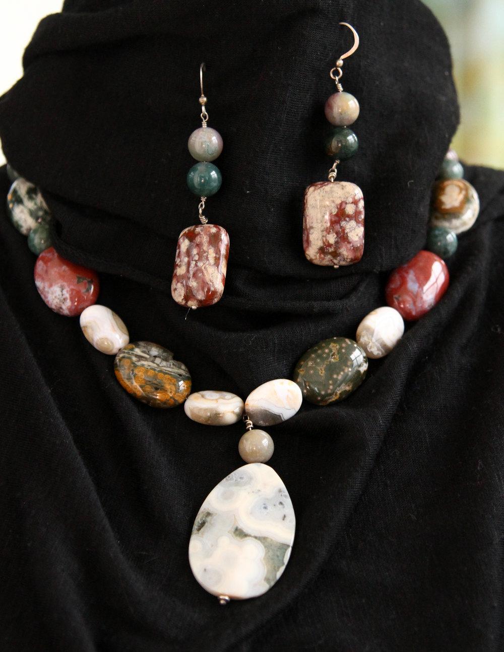semi-preciousnecklace-earrings_002.JPG