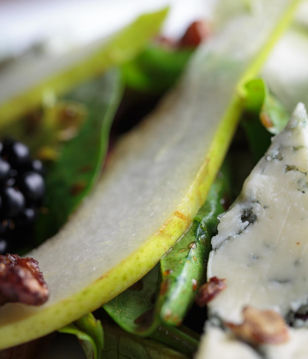 Gorgonzola & Pear Salad