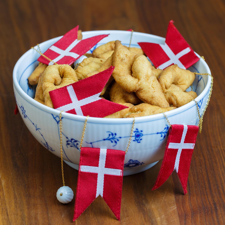 Klejner Danish Fried Christmas Cookie Sweet Sour Savory