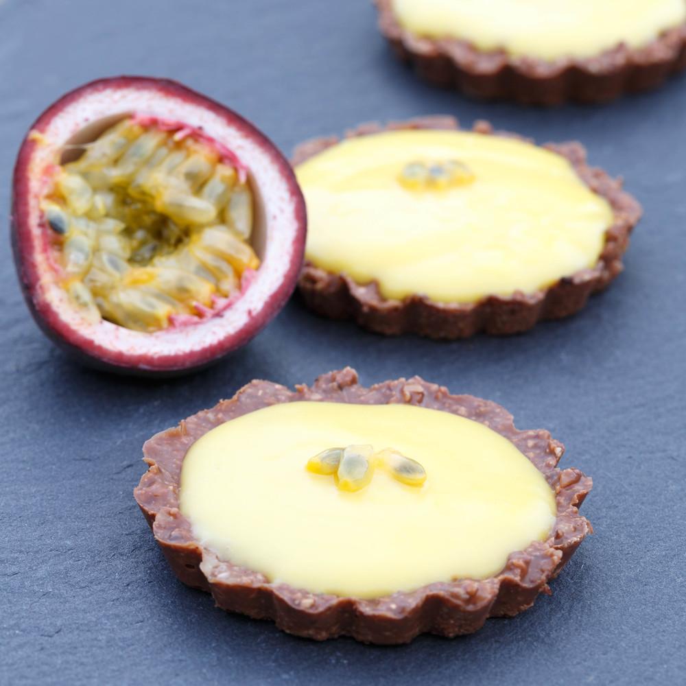 Passionfruit petit four