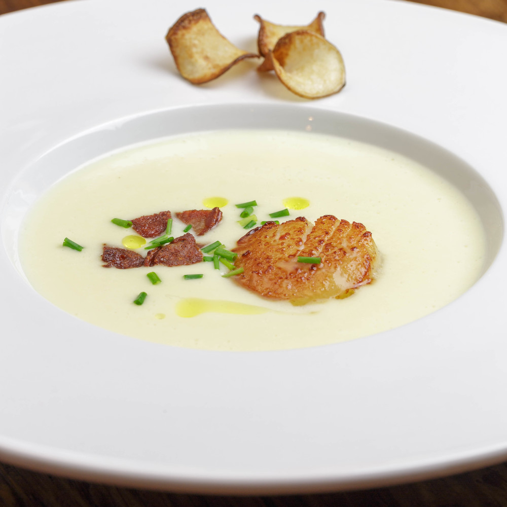 Sunchoke Soup with seared Scallops