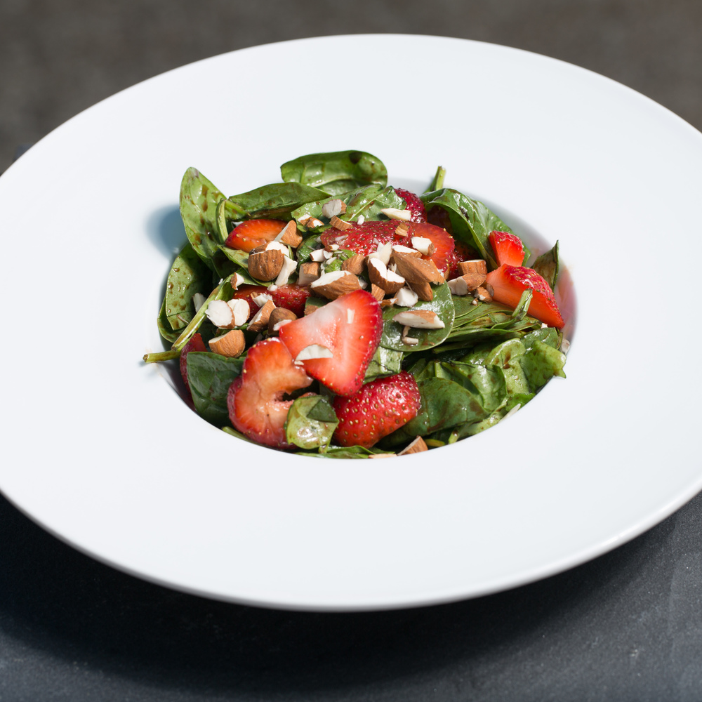 Spinach / Strawberry Salad