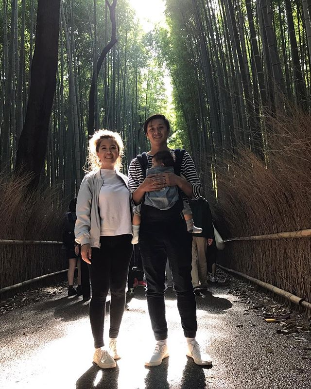 My little family at the bamboo groves in Kyoto!🎋 #japan #bamboogroves #kyoto #beautiful