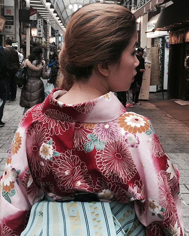 Got to play dress up in this beautiful kimono!! 🌸👘 #japan #beautiful #kimono