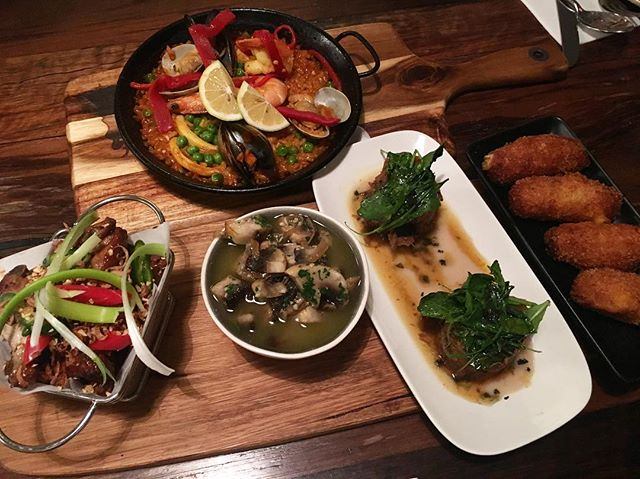 Good food and great catch up with my girls!! #lola #girlsnightout #spanish #tapas #nightoutwithoutbub