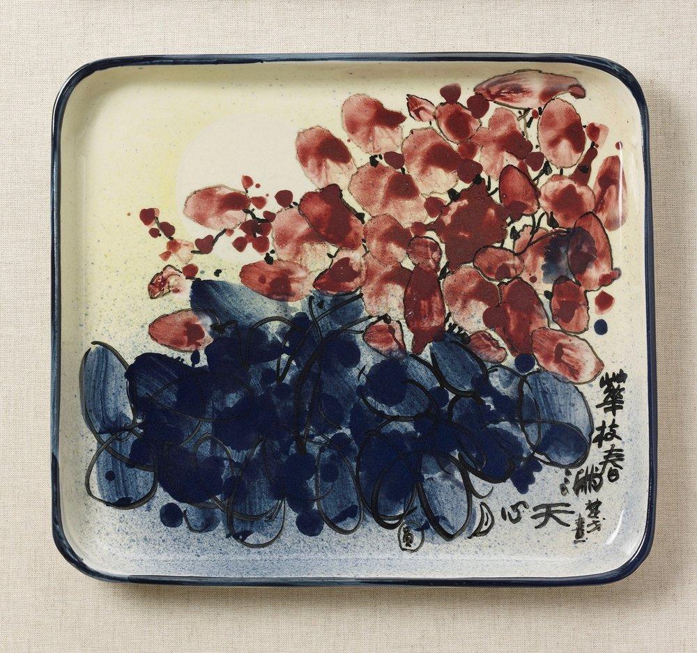 花枝春滿 34x30x3cm 彩繪方盤 1992