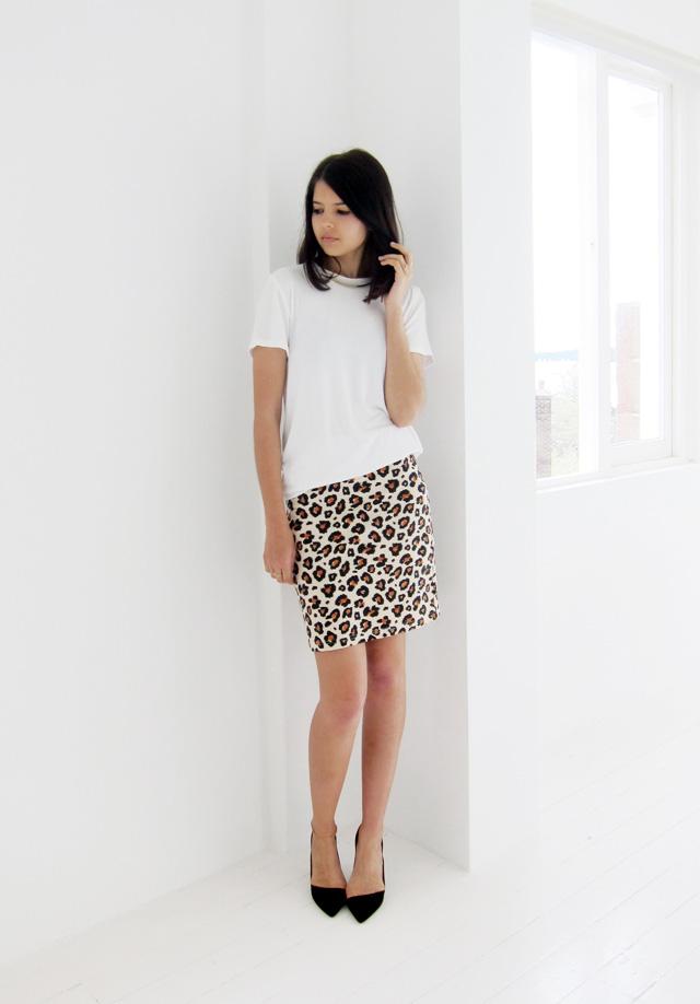Zimmermann man style tshirt, Isabel Marant choker, Bigeni Basics skirt, Zara heels