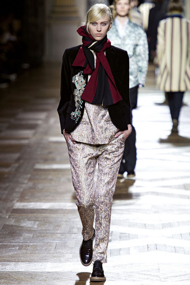 Dries-Van-Noten-Fall-2013-3.jpg