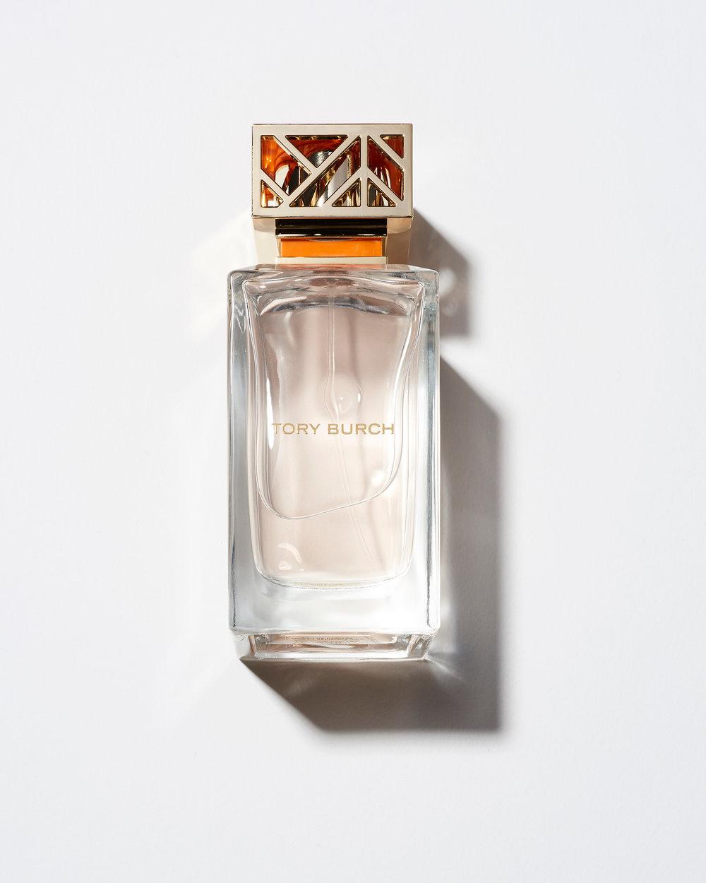 Perfume-01.jpg