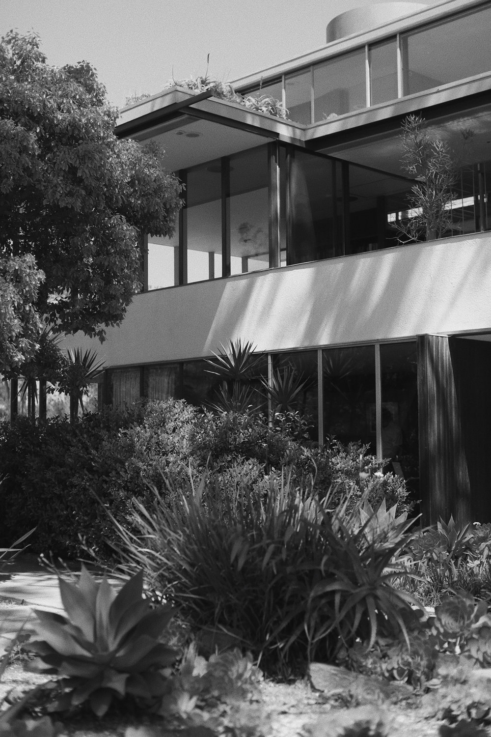 richard-neutra-vdl-studio-and-residences-silver-lake-los-angeles-california.jpg