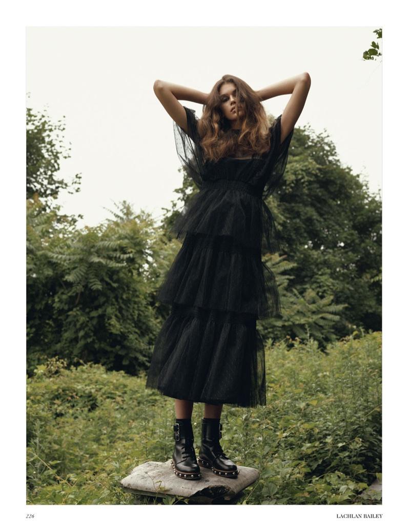 Kaia-Gerber-Fall-Outerwear-Vogue-UK-October-2017-Editorial07.jpg