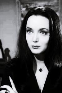 Morticia-Addams-4.jpg