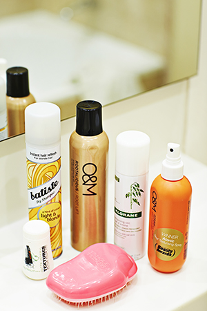 Kirsten's hair heros: O&M, dry shampoo, the Tangle Teezer and hair powder