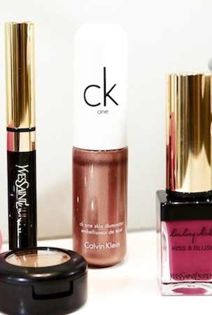 Bip swears by CK One Colour Skin Illuminator for sheeny cheekbones