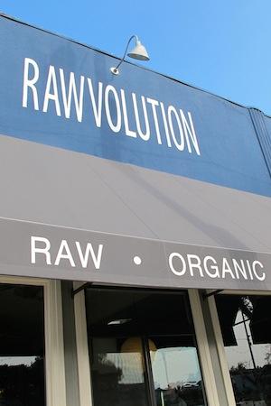 Rawvolution serves upvegan nachos and tasty salads