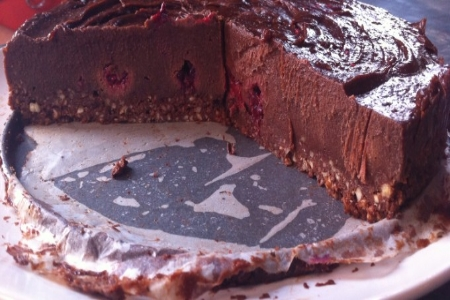 Raw Chocolate and Raspberry Cheesecake