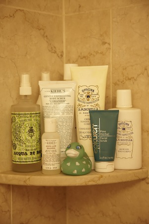 luxe shower treats from kiehl's and more