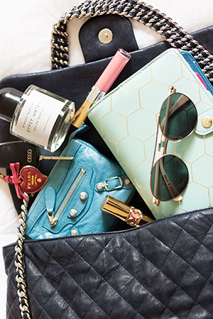 Inside Hannah's Hand Bag Essentials