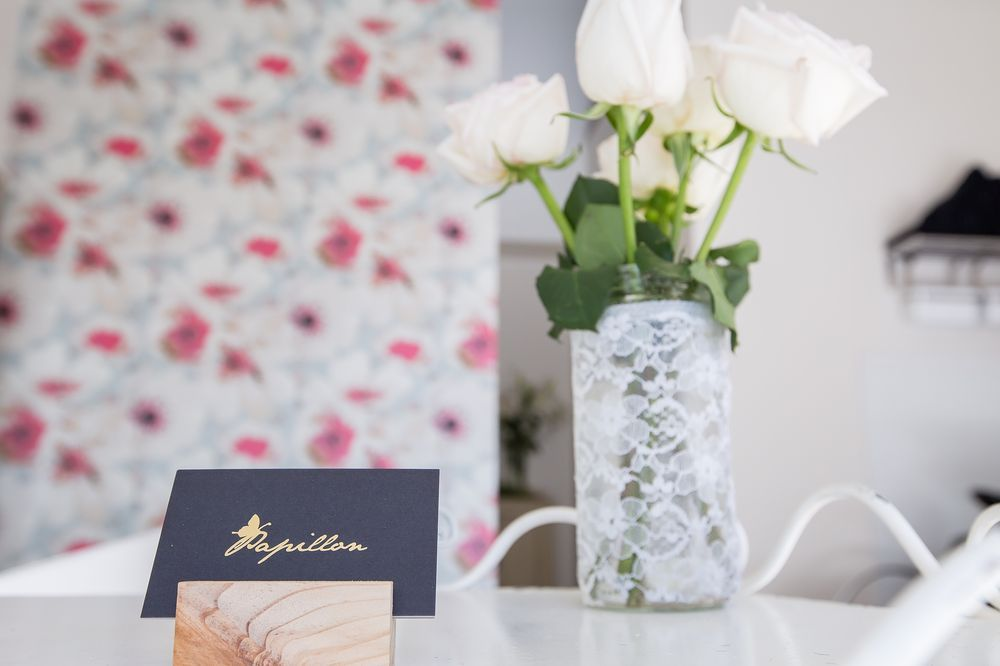 Fresh blooms complement the already feminine space and add freshness and fragrance