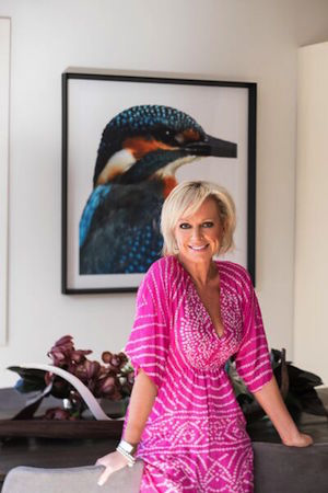 Shelley in front of her Kingfisher Print from Boyd Blue