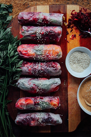 SUMMER ROLLS with GARDEN VEGGIES, BASIL + TAHINI CHILI SAUCE by This Rawsome Vegan Life