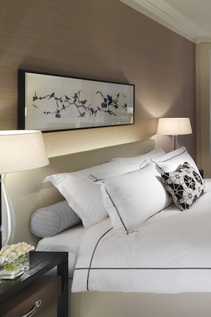 the deluxe rooms feature crisp king size beds
