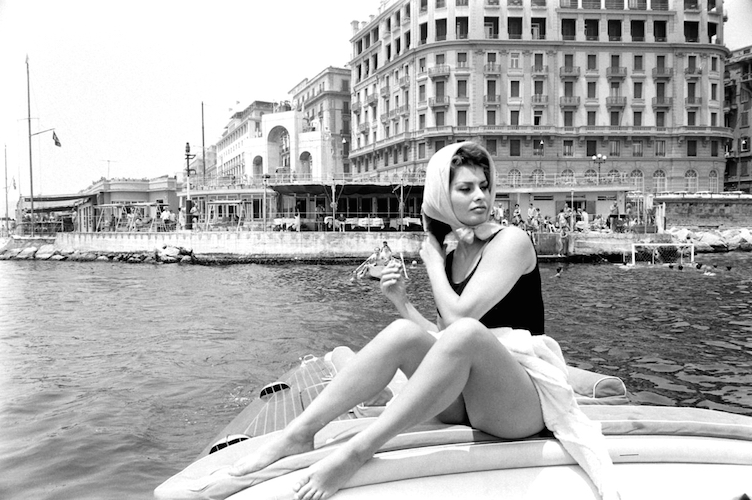 Sophia preferred a life spent by the Italian seaside