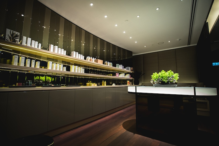 The luxury spa is adorned with stunning floral installations and mirrored cabinetry