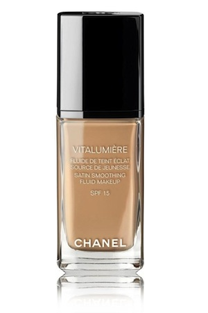 chanel vitalumiere satin smoothing fluid makeup