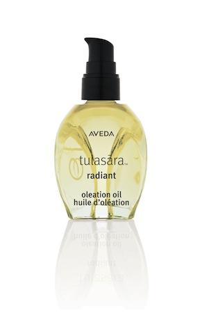 Tulasara_Radiant_Oleation_Oil.jpg