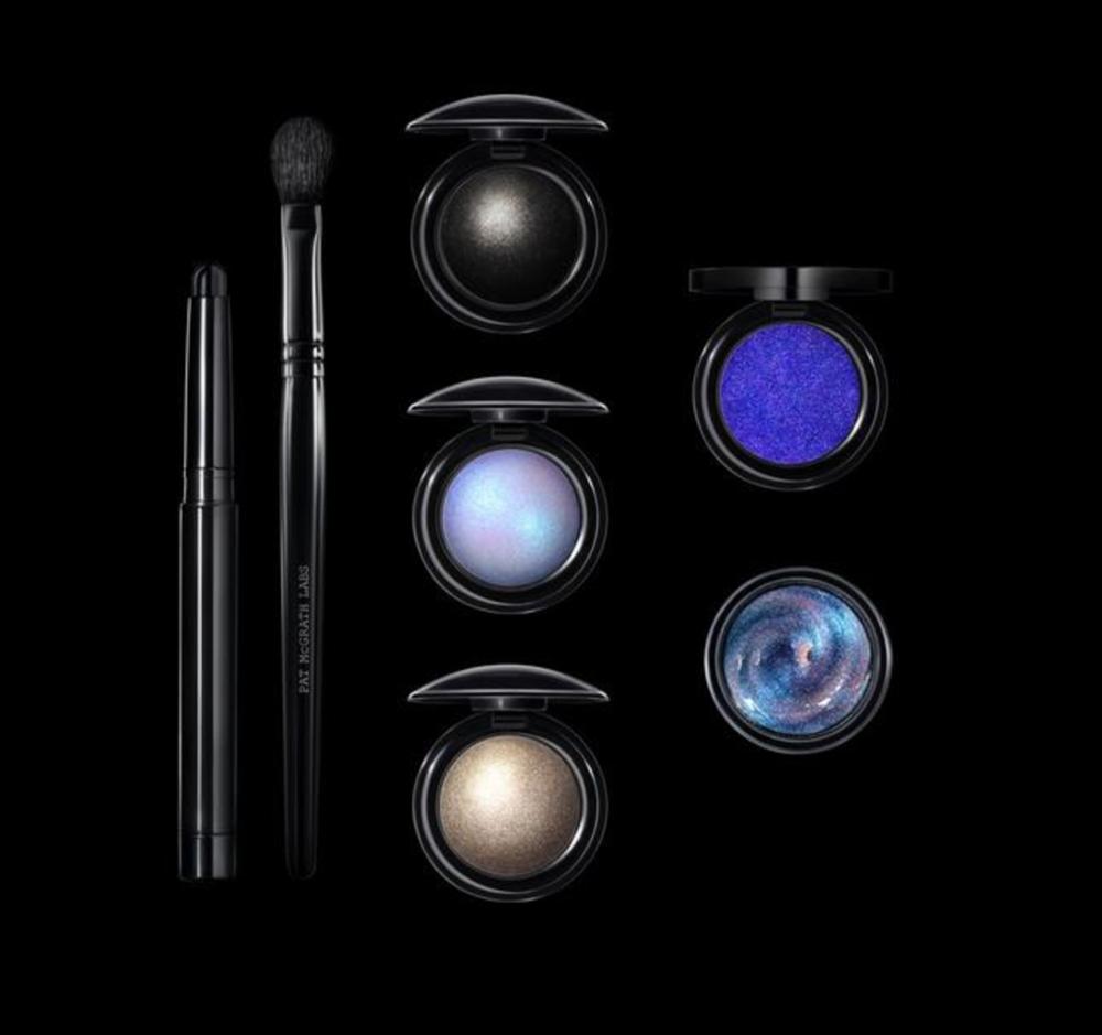 Image of UltraViolet Blue kit provided by PatMcgrath.com