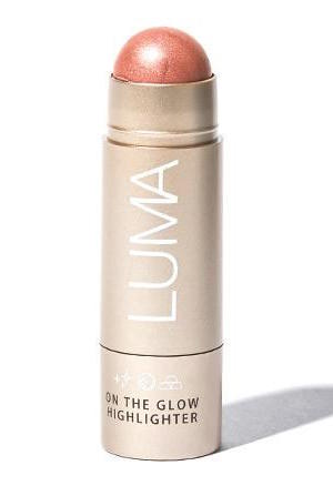 luma cosmetics on the glow highlighter