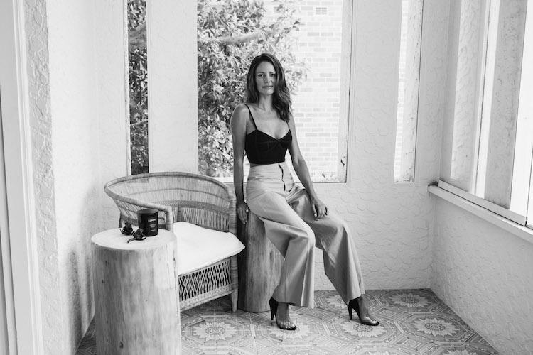 Dina Broadhurst, Artist