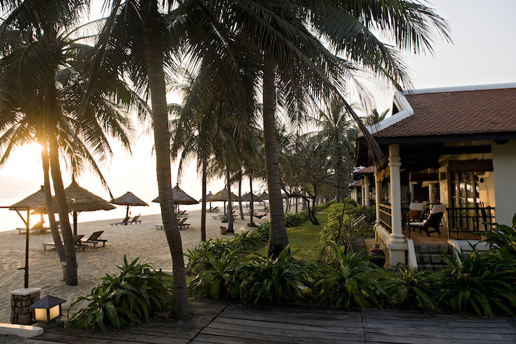 The beachfront villas at The Evason Ana Mandara