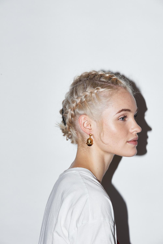 Earrings:  Valére