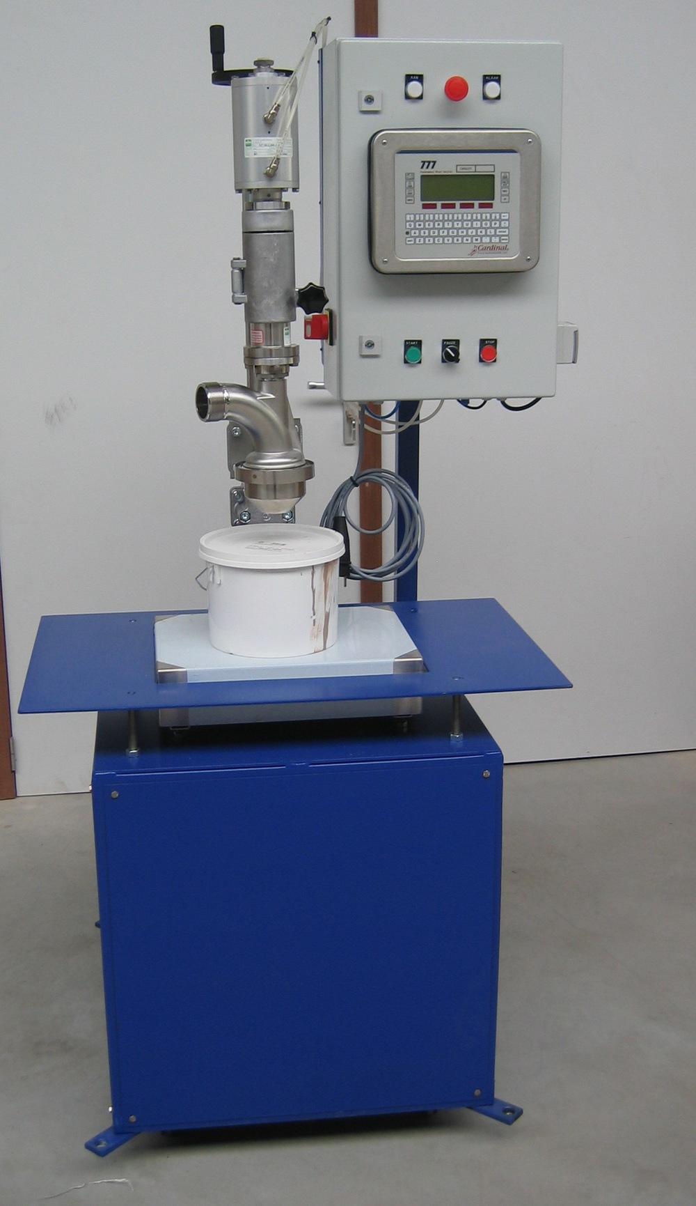 Semi-automated mobile filler for liquids, e.g. paint, glue, sauces, ...