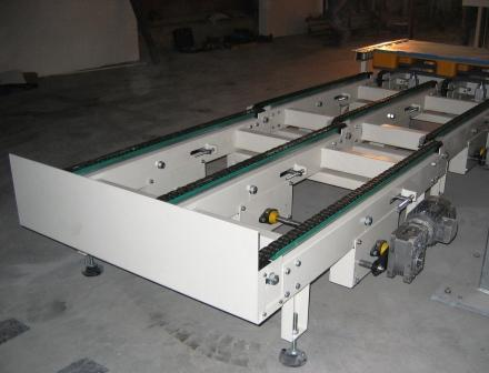 Chain drive conveyor