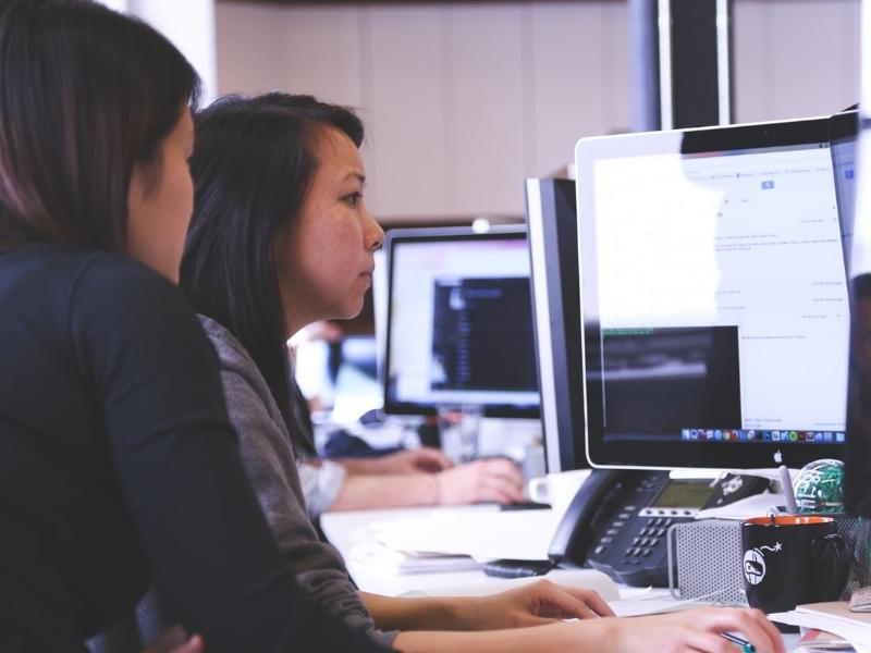 asian-women-working-casual.jpg