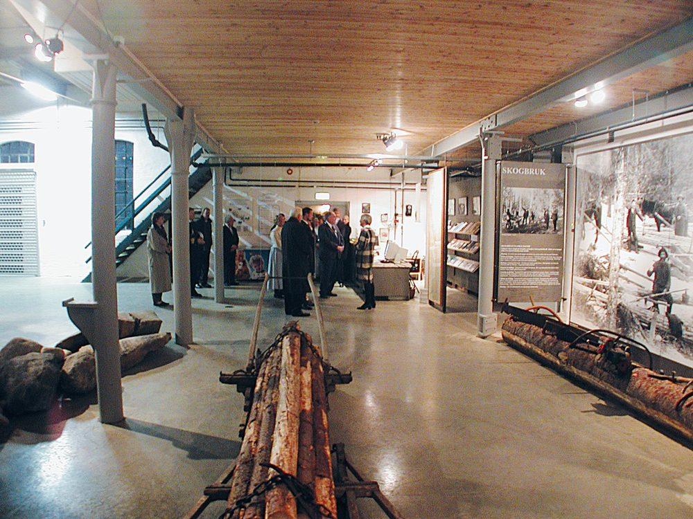 Utstillingene forteller vassdragets natur- og kulturhistorie gjennom bilder, gjenstander og en rekke modeller. Foto: Jørn A. Fjeld
