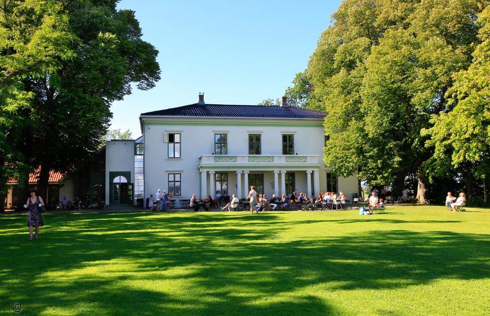 Ikke noe er som en varm sommerdag på Alby Gård.