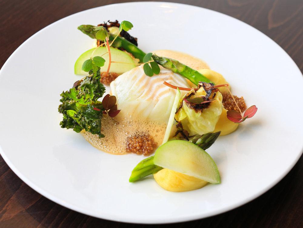 Festiviteten-asparges-og-fisk.jpg