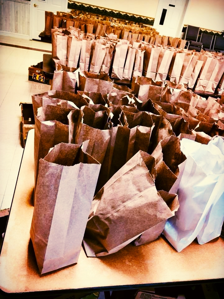 400 Lunches Delivered Daily