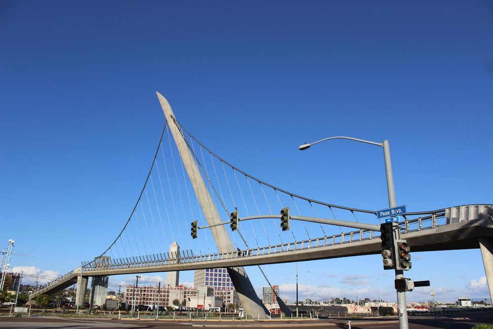 HARBOR DRIVE PEDESTRIAN BRIDGE