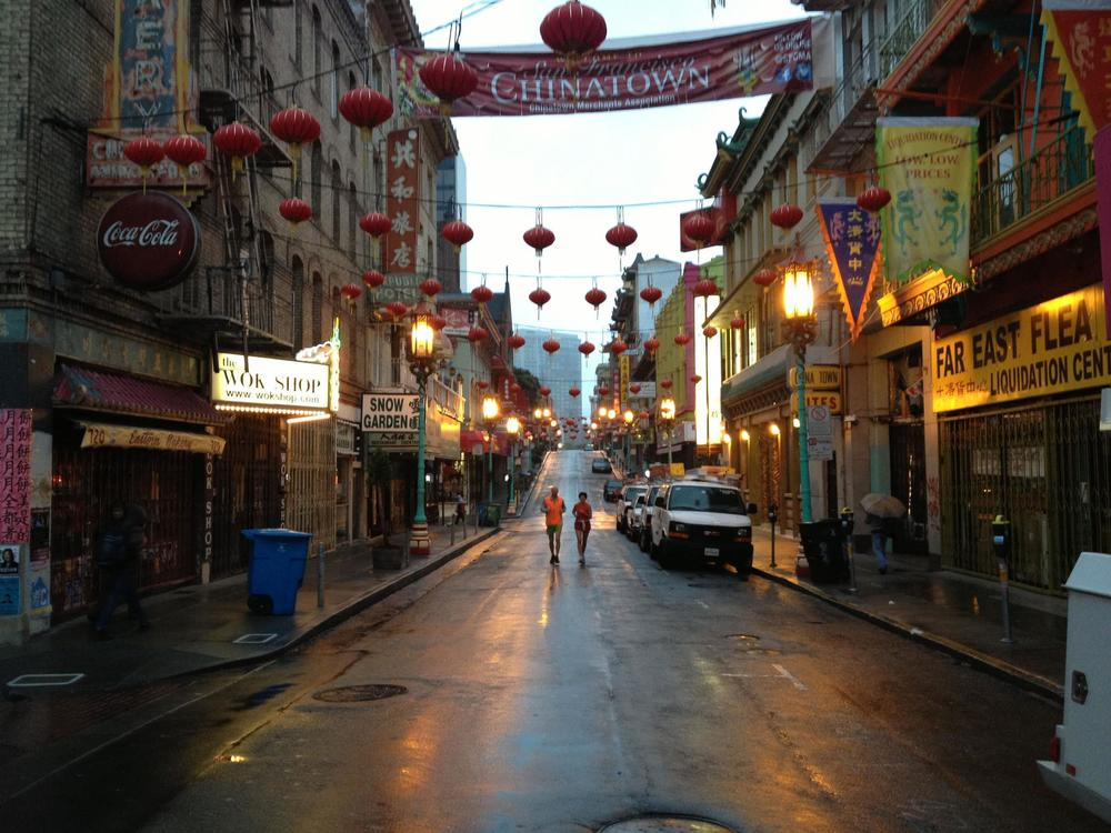 An early morning personalized sightrunning tour allows you to stay in line with your training. Above, running through the quiet streets of Chinatown on a San Francisco Personalized City sightrunning Tour.
