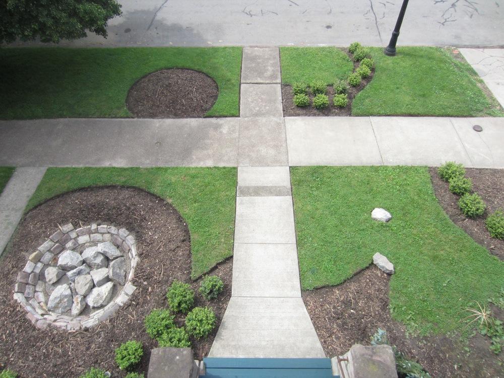 Bidwell Garden Porch Overview_photographer Schneider.jpg