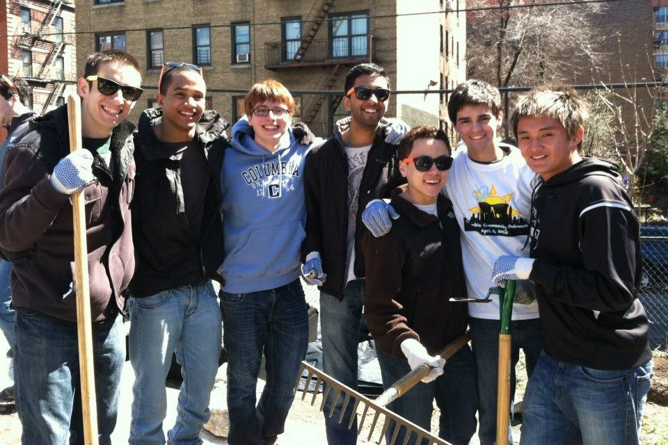 Community:Our brothers regularly and enthusiastically participate in charitable initiatives at and around our Morningside Heights campus, such as the Columbia Community Outreach (CCO) project each spring.Our brothers had a great time volunteered in community gardens in the Bronx, NY.
